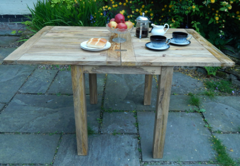 Mini Rustic Oak Finish Extending Table